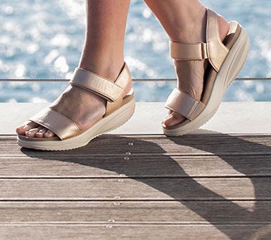 Sandale për femra